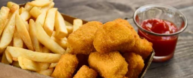 menu-infantil-nuggets.jpg